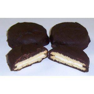 Scotts Cakes Chocolate Sandwich Poinsettia